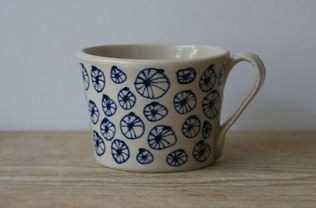 Stoneware expresso cup with urchin pattern